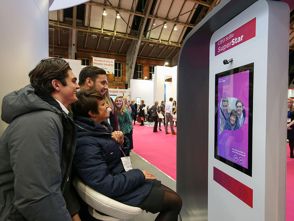Engaging Your Exhibition Stand Visitors