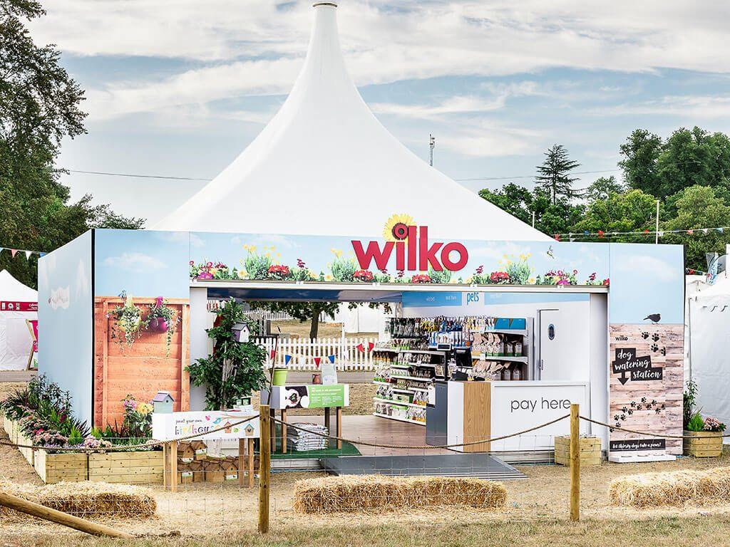 Outdoor exhibiting stand for Wilko